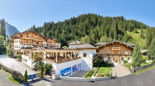 Habachklause Baby- und Kinderhotel | Bauernhof Resort Bramberg a. Wildkogel