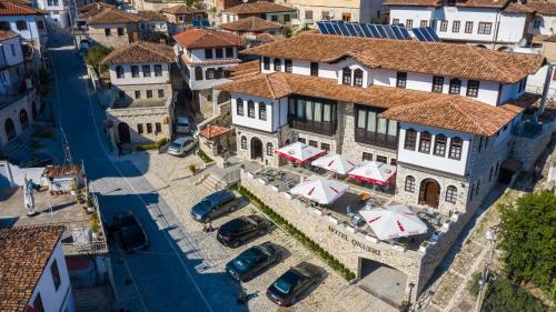. Hotel Onufri