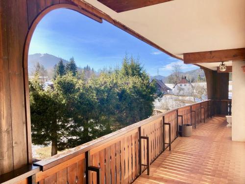 . TriesteVillas CASATARVISIO CT4, Huge terrace facing nature, 6 guests