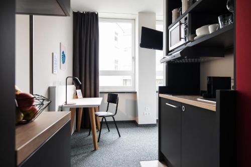 . HUB Apartments