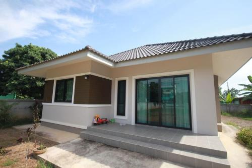Je's modern house for 6 peoples in the city 靠近黑白庙 Je's modern house for 6 peoples in the city 靠近黑白庙