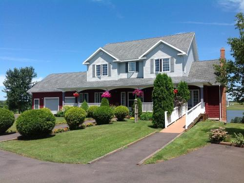 Firedance Country Inn (Bed and Breakfast)
