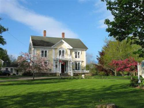 Hillsdale House Inn - Annapolis Royal, NS B0S 1A0