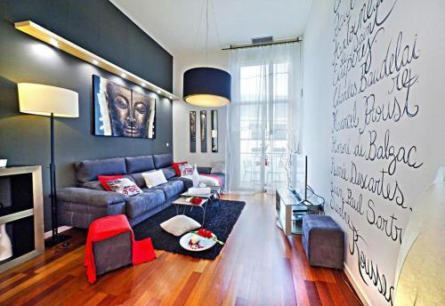 Holiday flat Barcelona - CON021020-RYB
