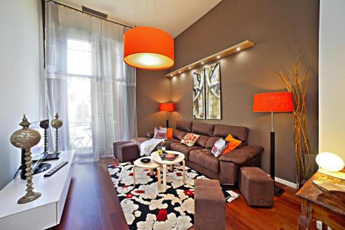 Holiday flat Barcelona - CON021019-RYD