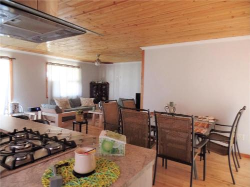 Gansbaai Holiday Home, De Kelders, Western Cape