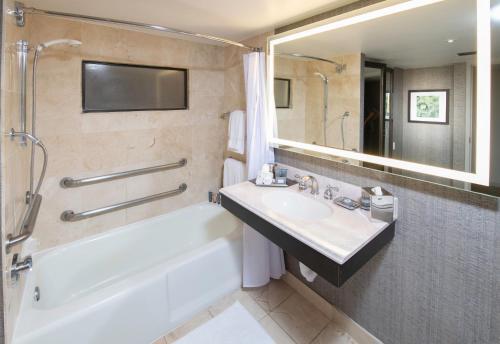 Arizona Biltmore A Waldorf Astoria Resort - Phoenix, AZ AZ 85016