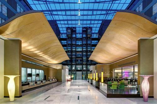 Hilton Frankfurt Airport - image 1