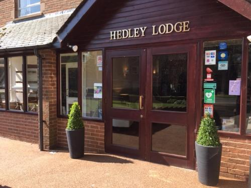 Hedley Lodge Guest House (Bed & Breakfast)