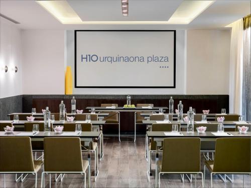 H10 Urquinaona Plaza photo 24