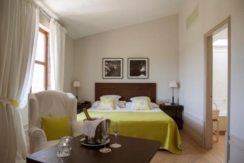 Habitación Doble Prestige Casa Anamaria Hotel & Villas 8