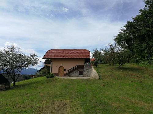 Peaceful, cosy cottage near Kolpa river