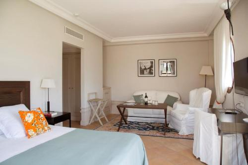 Suite Junior Prestige  Casa Anamaria Hotel Spa & Villas 5