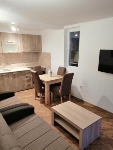 A-HOTEL com - Olive tree apartments, Apartment, Tivat