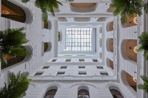 Mystery Hotel Budapest стая снимки