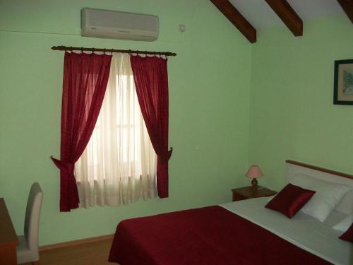 Double Room Trogir 16844a, 21220 Trogir