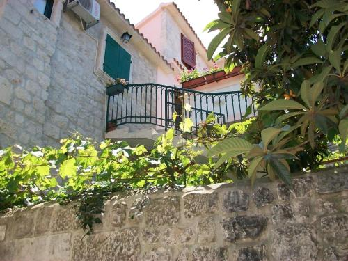 Apartment Trogir 16844b, 21220 Trogir