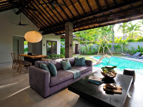 Two Bedroom The Amala Residence with Private Pool