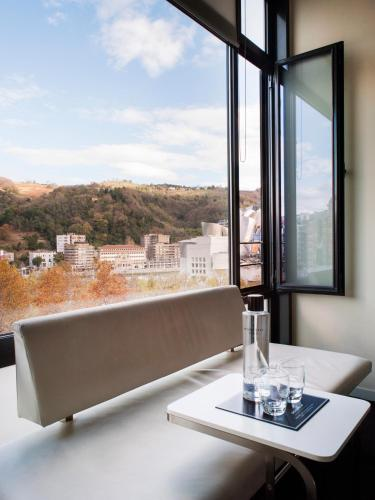 Double Room with View - single occupancy Hotel Miró 1