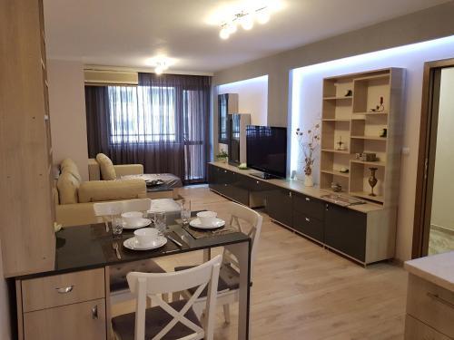 Хепи Апартмънтс - Apartment - Plovdiv