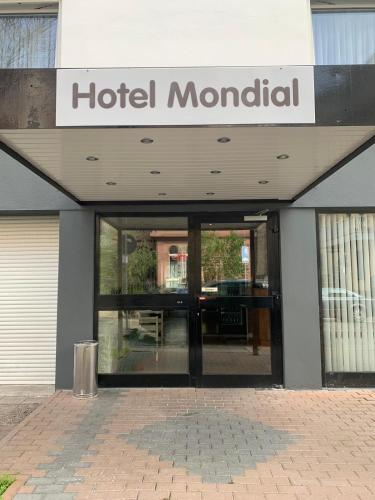 Hotel Mondial Comfort - image 3