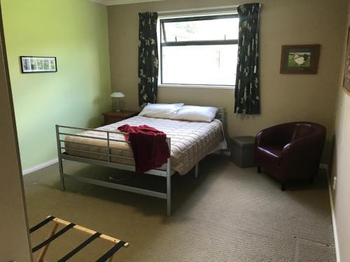 Rustic Inn, Hastings