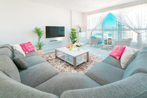 Luxury Casa - Star Sea View 2BR Apartment at JBR