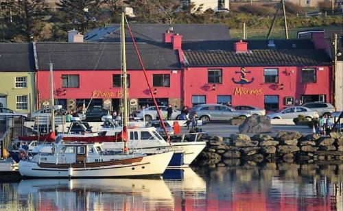 . The Moorings Guesthouse & Seafood Restaurant