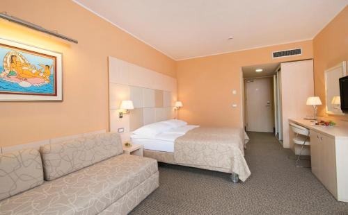 Special Offer - Double Room with Balcony and New Year's Package