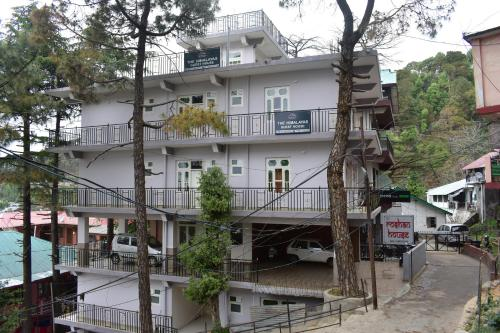THE HIMALAYAS GUEST HOUSE