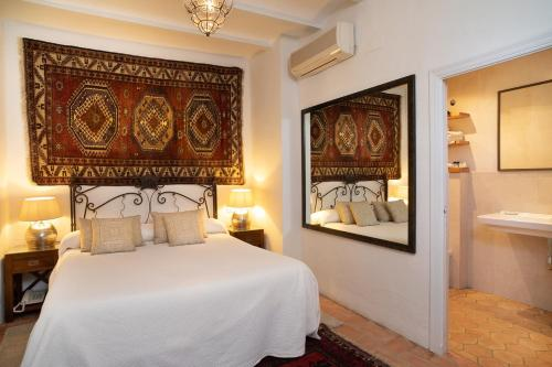 Double or Twin Room Hotel La Casa del Califa 37