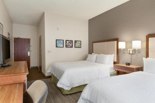 Hotel Suite Photo