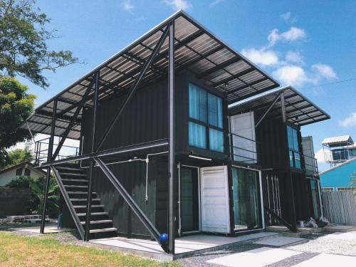 Unique Container Loft House Unique Container Loft House