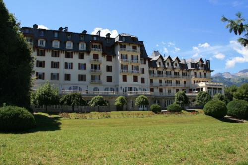 Face au Mont Blanc, dans un immeuble historique à Combloux Combloux
