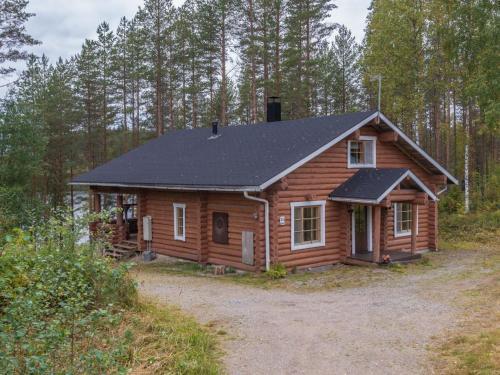Holiday Home Mäntyrinne
