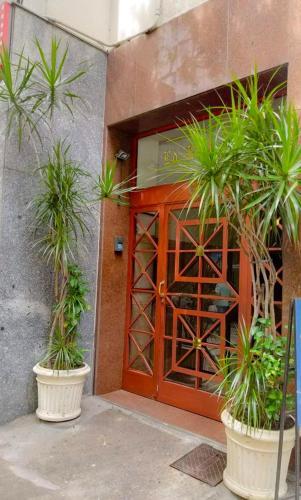 Hotel Apartamento quadra da praia em Copacabana