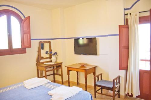 Two-Bedroom Apartment (4 Adults) - single occupancy Hotel Rural El Molino de Felipe 10