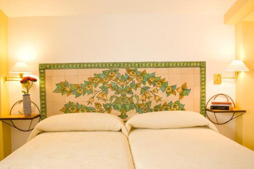 Three-Bedroom Apartment (6 Adults) - single occupancy Hotel Rural El Molino de Felipe 2
