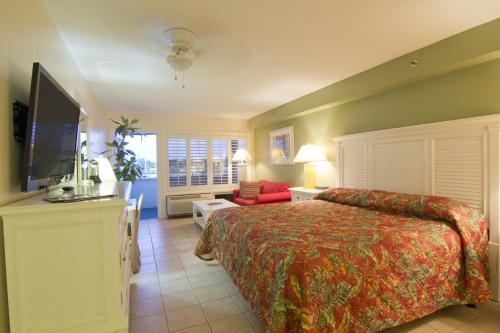 Pirate's Cove Resort and Marina - Stuart - Stuart, FL 34997
