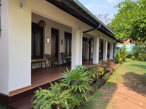 Shanthi Guest House