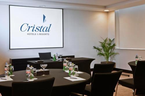 Cristal Hotel Abu Dhabi photo 23