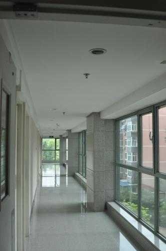 Beijing New Oriental Suites in Seasons Park Sanlitun photo 33