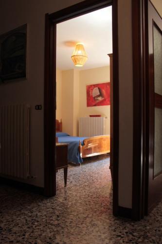 CELTIC ALCOVE & small art exhibition - Apartment - Esino Lario
