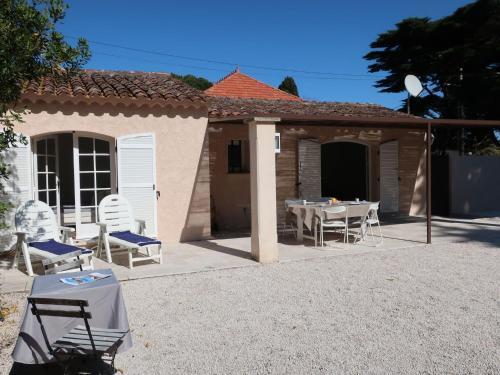 Holiday Home Le Pilon - Location saisonnière - Saint-Tropez