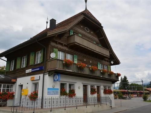 Apartment Am Dorfplatz Gstaad