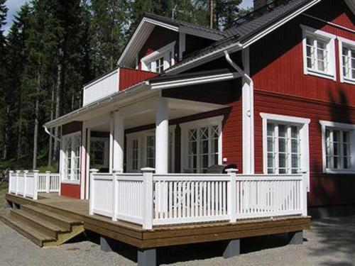 Holiday Home Villa kukkula