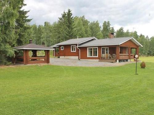 Holiday Home Petäjäinen