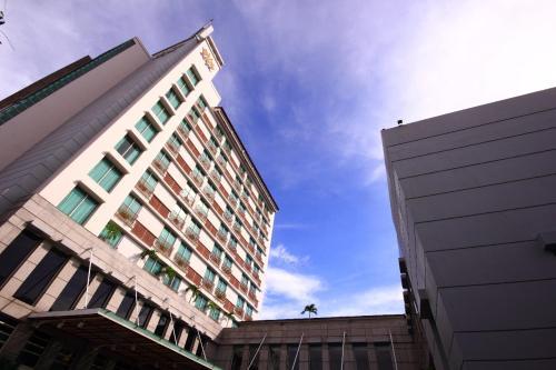 . Grand Surya Hotel Kediri