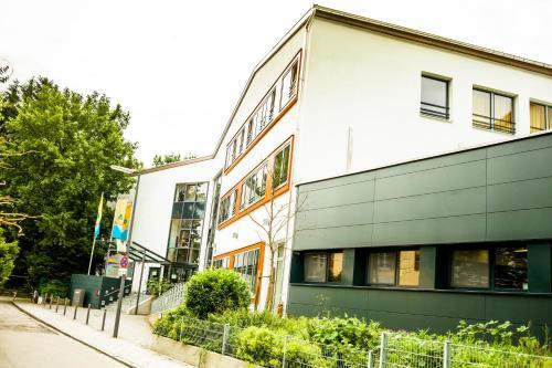 HI Munich Park Youth Hostel impression