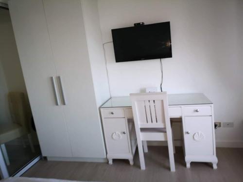 Azure Beach Resort Residences - Condo for rent, Taguig